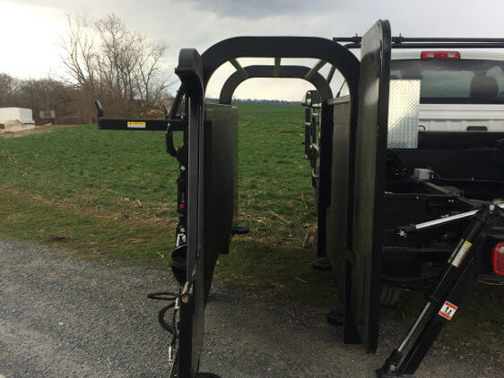Truck Mount Hoof Trimming Chute Down Position